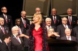April 23, 2017 03:56 Chorus and Ute Gfrerer, soprano performing